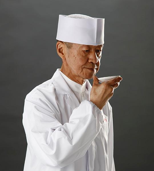 調理長 上田敏晴